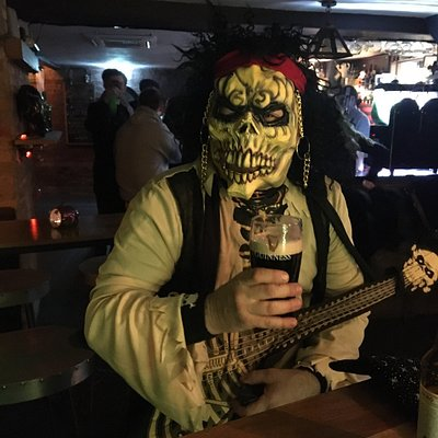 Halloween night at Vault, live music all weekend, more live music this Friday from Common Dogs and Chicken man and the bad eggs,