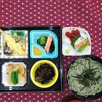 お寿司から定食までご予算に応じてアレンジできます