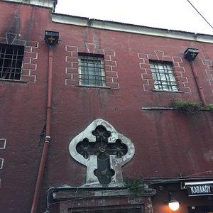 カラキョイの教会