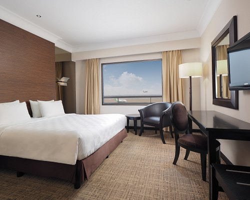 10 Hotel Terbaik Dekat Bandara Internasional Soekarno Hatta Cgk
