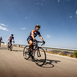 carbon road bikes from bike2malaga are the best choice to race in Malaga region