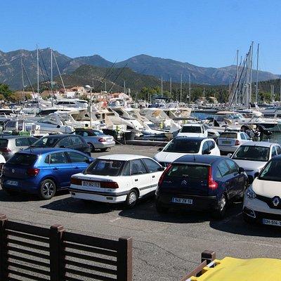 Parking gratuit et en centre-ville