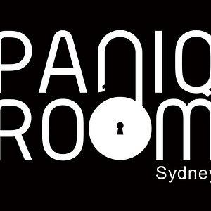 PaniQ Room Update Black 2019