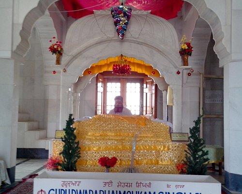 This is holy sikh pilgrimage Gurudwara - birth place of Bhai Mohakam Singhji. One  of the Punj Payres of Sikhism.