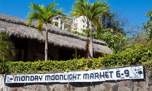 Located at La Plaza in Playa Flamingo, Costa Rica.  Find us on main road as you enter Flamingo.