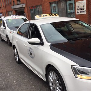 Leeds bus station taxi telephone 07523943863