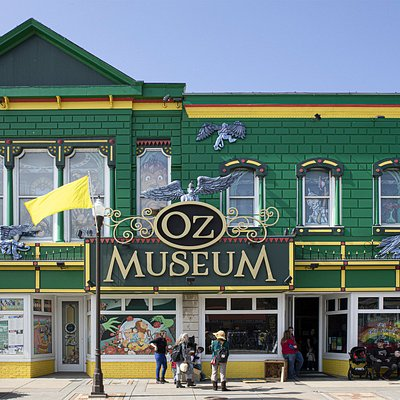 OZ Museum - Store Front