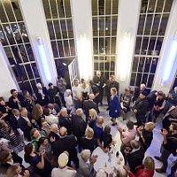 Premierenfeier im Foyer des Alten Schauspielhauses. (Foto: Martin Sigmund)