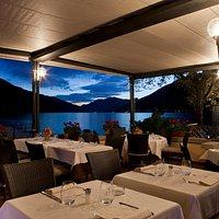 ristorante esterno serale