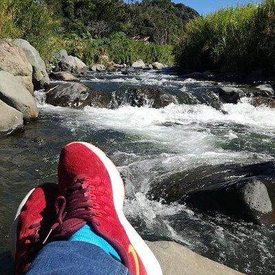 Frente al hostal familiar está el río Chiriquí Viejo para nadar y pescar truchas.