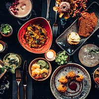 Social Dining with Sharing Plates
