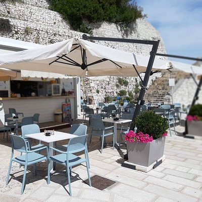 Ilios Café - bar del porto