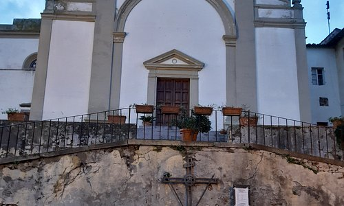 facciata e scalinate