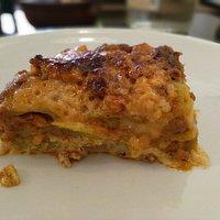 mezza porzione di lasagna