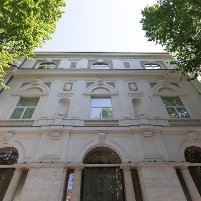 Palazzo Merulana - Facciata