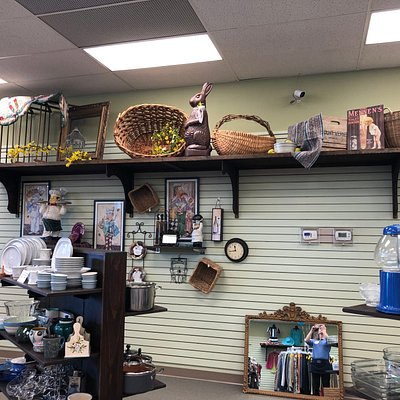 Great items displayed very well! They have remodeled and opened a new furniture store . Very nice!