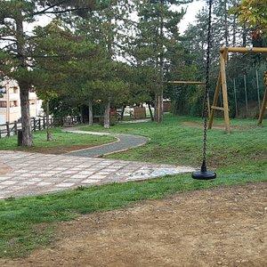 un angolo verde del parco-giardino