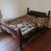 Rope-bed in upstairs children bedroom