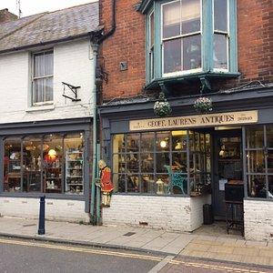 Geoff Laurens Antiquities, Whitstable