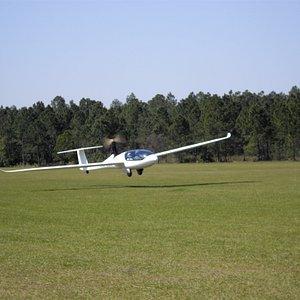 Powered Glider Liftoff