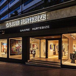 La Galerie Hurtebize, établie à Cannes depuis 1992, propose une sélection d'œuvres de peintres post-impressionistes et modernes à des collectionneurs internationaux.