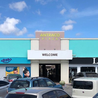 The vision of Antraco is that customers will flock to the mall and buy all the items they need in one convenient location. Whilst out shopping, consumers may also take advantage of the dining and entertainment opportunities available.