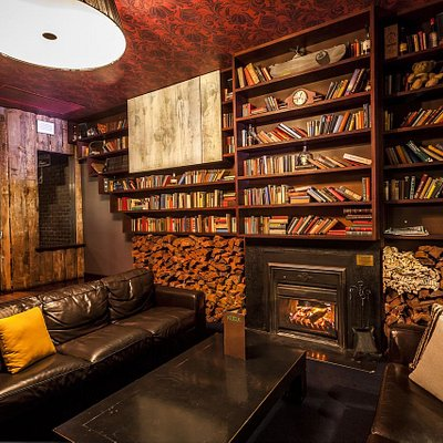 The famous Front Lounge at Katuk can be reserved for a function on Chapel Street, South Yarra. This area includes lounges, plasma screen TV, an open fireplace, level seating and a private balcony overlooking the nightlife of Chapel Street.