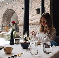 Geniet van ons heerlijk wisselende lunchmenu. Uiteraard houden we rekening met uw dieetwensen.