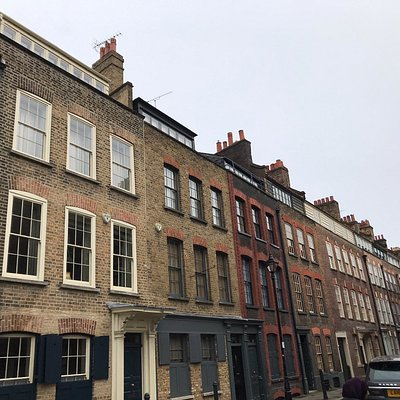 Street signs, street views, notable houses, Christ Church Spitalfields and the Jamme Masjid Mosque