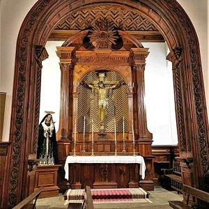 Comme la plupart des églises à Tenerife, ce monument est doté de mobiliers liturgiques spectaculaires et esthétiques.  La pensée pieuse semble très présente sur cette île