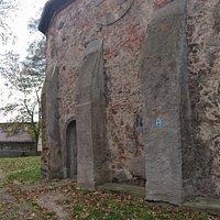 XIII wieczne mury kościoła