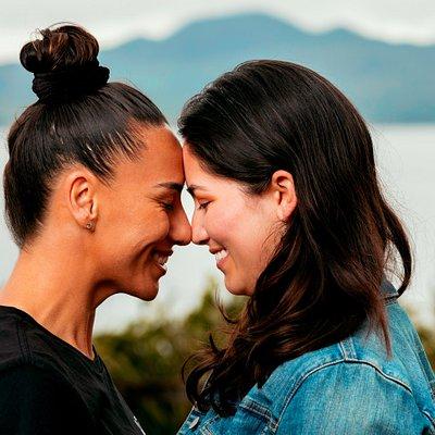 The Hongi - a traditional Maori welcome