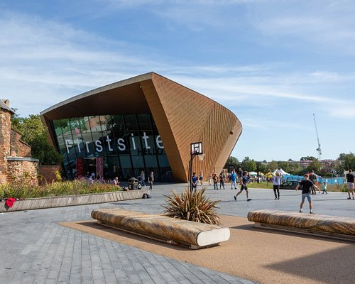 Firstsite's curved building, designed by Rafael Vinoly, creates an environment like no other. Photo by Jayne Lloyd