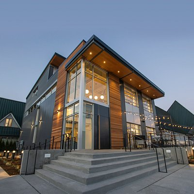 DeLille Cellars NEW tasting room at Hollywood Station in Woodinville, opening 12/06/2019.