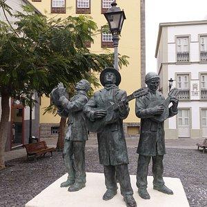 Die 3 Musikanten an der Calle de Perez de Brito