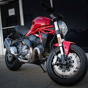 One of the 400+ bikes we have available in the Los Angeles area!