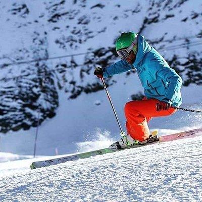 SKICUBE Skischool Kaprun