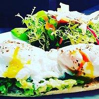 Poached egg and avocado Smash!