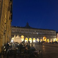 The palazzos of Piazza Maggiore look prettiest at night when lit up.