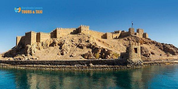 قلعة رأس راية اهم الاماكن السياحية التراثية الاثرية في مصر السياحة بجنوب سيناء – رحلات الغردقة https://hurghadalovers.com/sinai-castle/