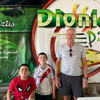 We travel to San Lorenzo a few times a year and always enjoy the Pizza at Dionicio Pizza! They use fresh ingredients and the owner speaks good English, that is helpful! We highly recommended this restaurant while visiting San Lorenzo. LQ