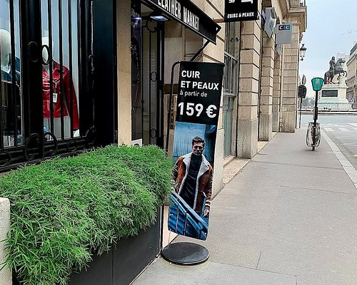 la maison Outlet Leather Market Paris près de la place des victoires au coeur de Paris