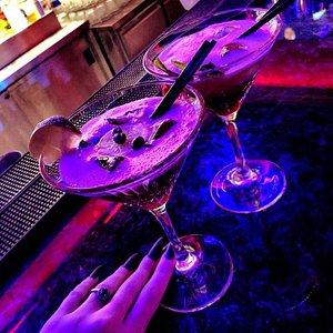 Каждый коктейль 🍸 - дарит приятные вкусовые ощущения и понравиться даже изысканным ценителям 😋 Each cocktail 🍸 - gives a pleasant taste sensation and even refined connoisseurs will like it 😋
