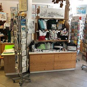 Il negozio ufficiale dei prodotti dell'artista Fabio Vettori
