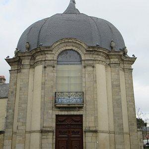 entrée de l'église des Jésuites
