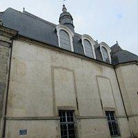 partie latérale de l'église des Jéssuites