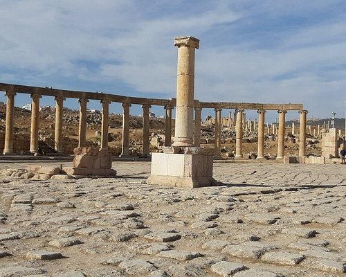 Amazing ancient Greek/Roman/Byzantine city ofJerash 🏛