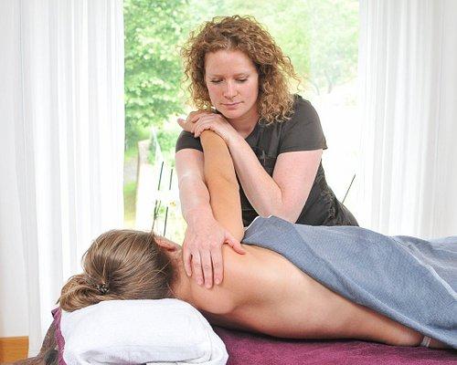 Un moment d'exception pour un massage de 30 mn à 1h30 A votre domicile ou dans l'une de nos salles de massages à Honfleur et Deauville