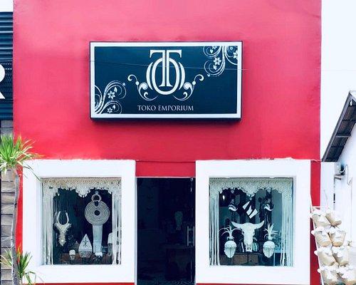 Store front at Jl Oberoi No 1, Seminyak