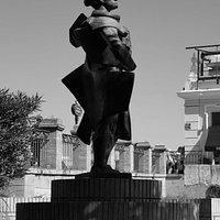 Monumento a Juan Belmonte på Plaza del Altozano